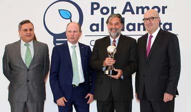 """Participación en la novena edición del programa """"Por Amor al Planeta"""", que organiza Volkswagen de México."""