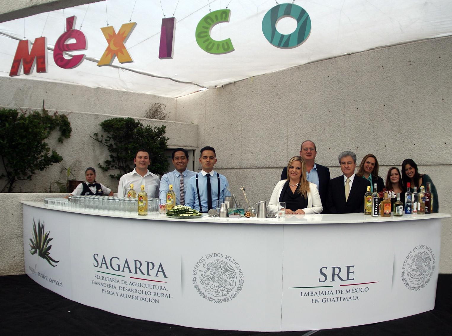 La SAGARPA promovió que 112 agroempresas mexicanas asistieran, durante mayo, a ferias y misiones comerciales organizadas por la Agencia de Servicios a la Comercialización y Desarrollo de Mercados Agropecuarios (ASERCA).