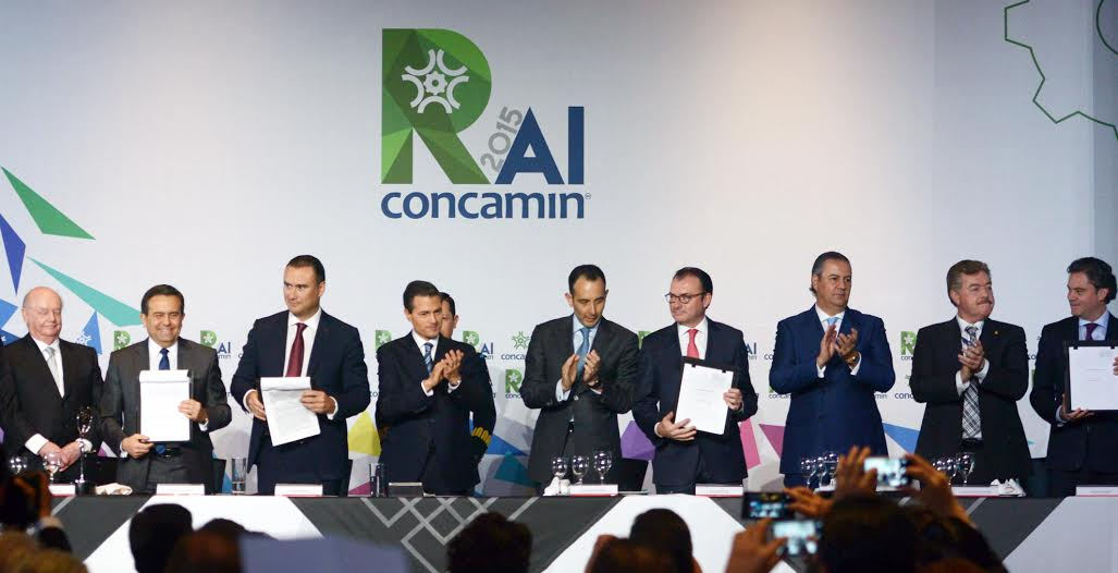 President Enrique Peña Nieto closed the Annual Meeting of Industrialists organized by the Confederation of Industrial Chambers (CONCAMIN).
