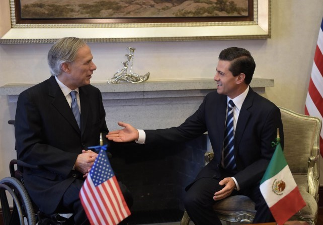President Peña Nieto meets with Governor of Texas Greg Abbott