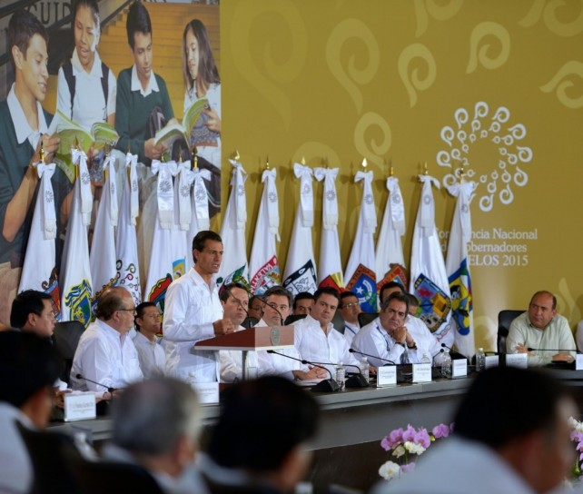 President Peña Nieto thanked the country's governors for making a common front, together with the government, to ensure the proper implementation of education reform throughout the country.