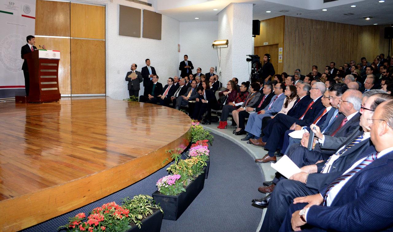 Reunión del Secretario de la Función Pública, Virgilio Andrade Martínez, con titulares de los Órganos Internos de Control.