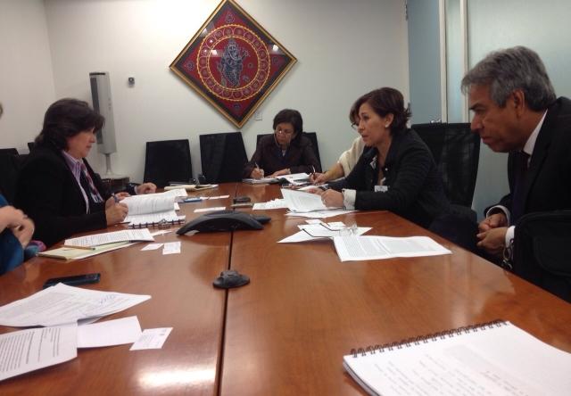 Se reunió con la Secretaria de Desarrollo Social, Rosario Robles Berlanga, a quien subrayó la intensa participación del Presidente de México en la Asamblea General de la ONU.