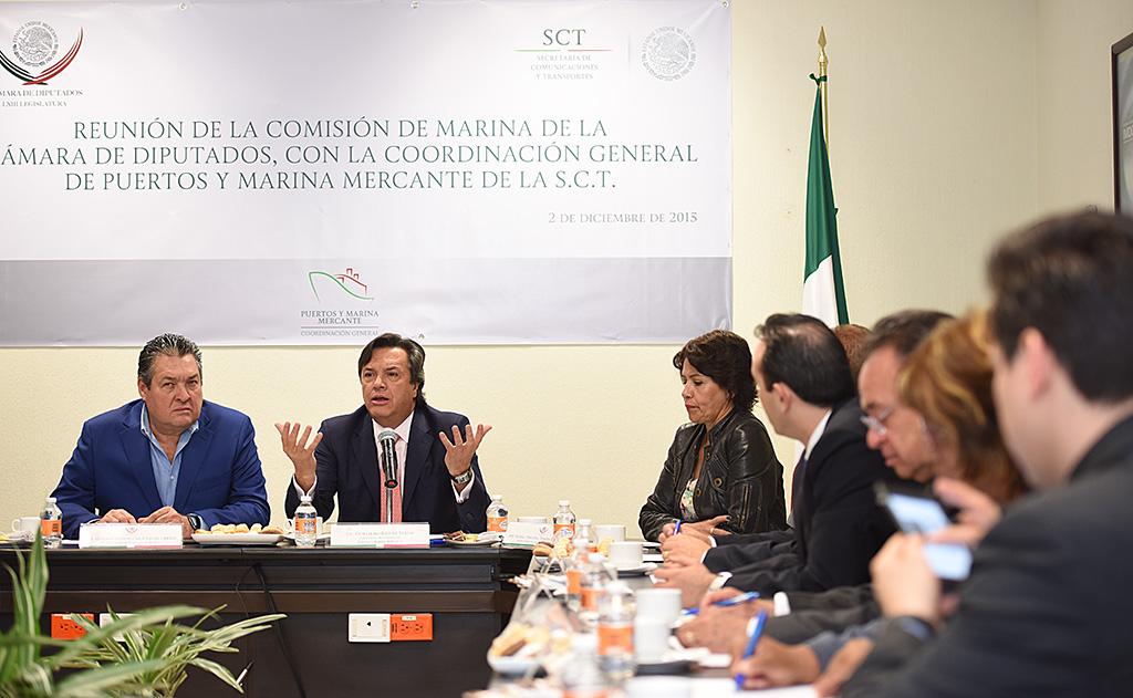 Los puertos deben considerarse parte de un sistema de transportes global: Ruiz de Teresa
