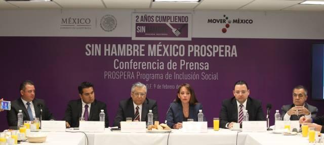 Paula Hernández Olmos, titular de PROSPERA, indicó los ejes de operación de este programa en conferencia de prensa