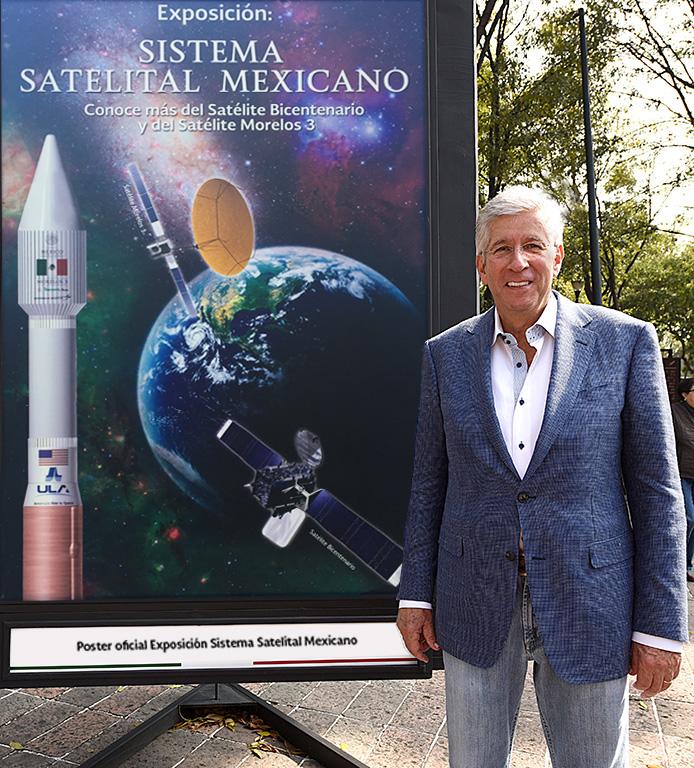 """Recorrió Gerardo Ruiz Esparza la exposición """"Sistema Satelital Mexicano"""""""