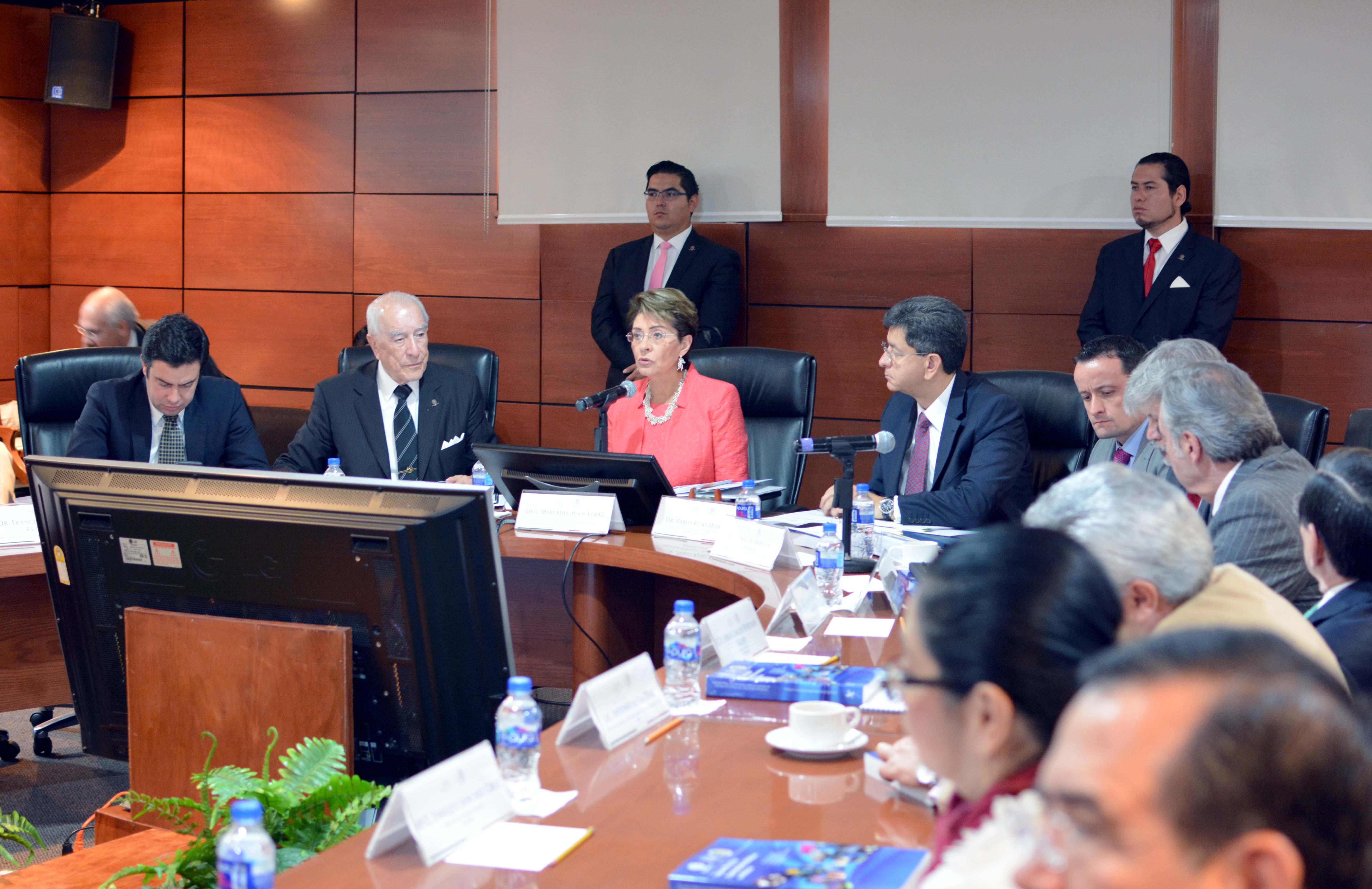 El Consejo de Salubridad General aprobó la inclusión de 33 medicamentos -18 innovadores y 15 genéricos-
