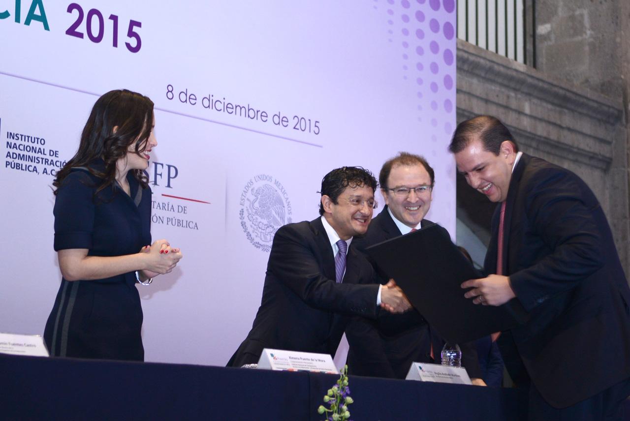 Primer lugar federal del Premio a la Innovación en Transparencia 2015.