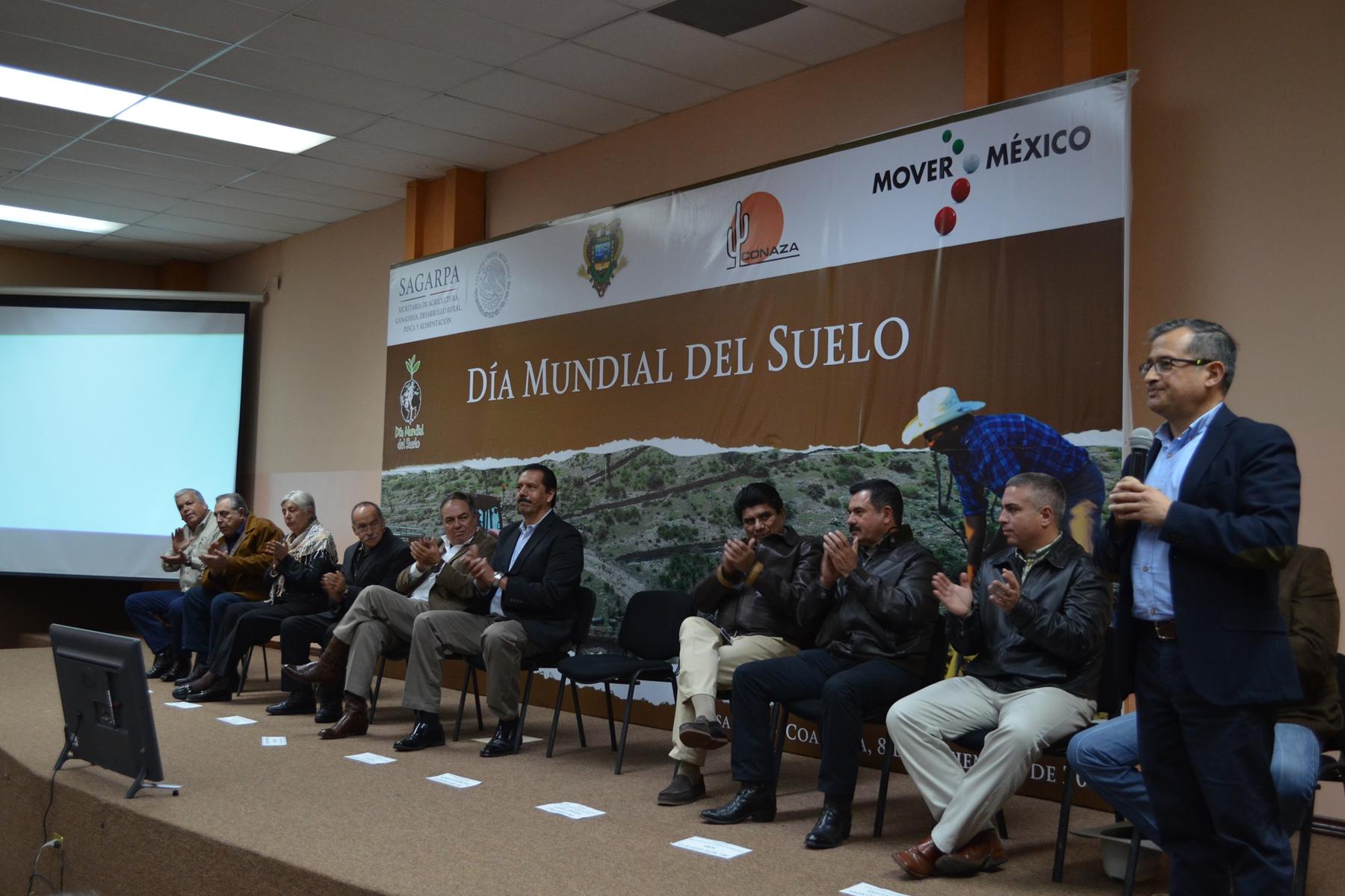 El subsecretario de Desarrollo Rural de la SAGARPA, Héctor Velasco Monroy, encabezó la conmemoración del Día Mundial del Suelo.