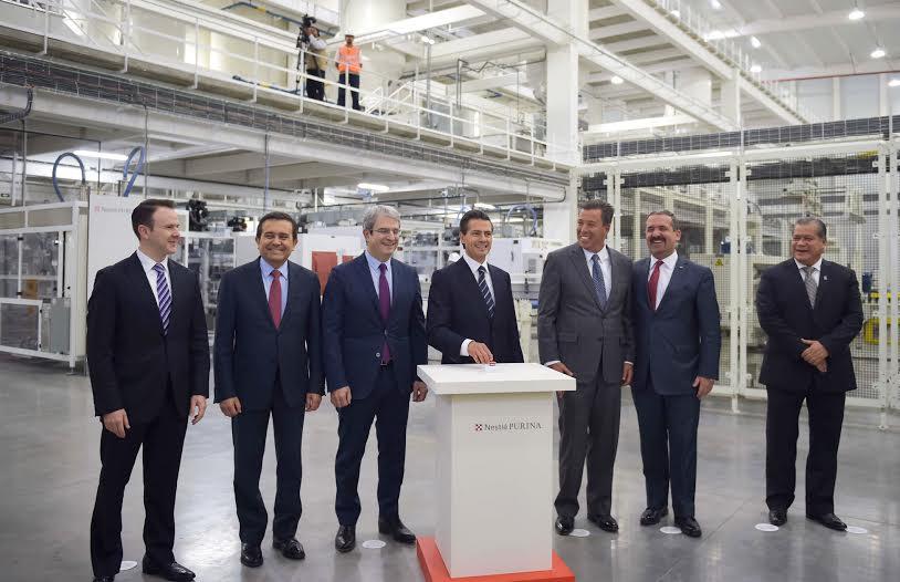 En el evento inaugural de la nueva fábrica de Nestlé Purina, el Primer Mandatario aseguró que a septiembre de este año, a 33 meses de iniciada su Administración, la Inversión Extranjera Directa registrada en nuestro país es de 92 mil millones de dólares.