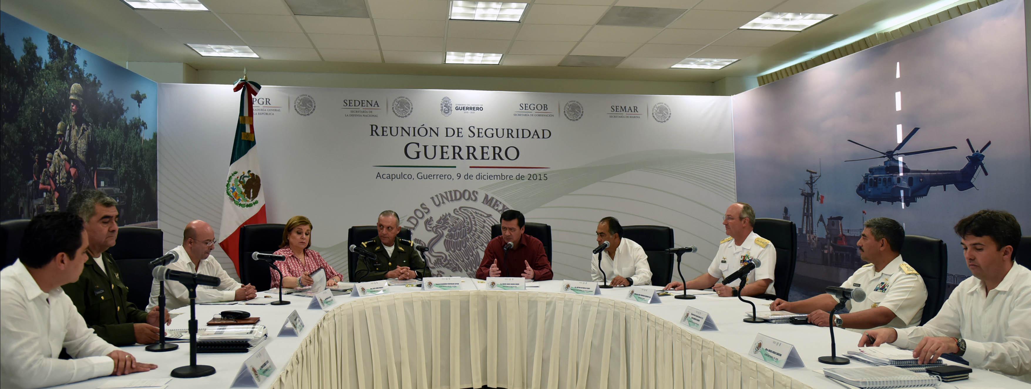 El Secretario de Gobernación, Miguel Ángel Osorio Chong, encabeza la Reunión de Evaluación de la Estrategia de Seguridad para el estado de Guerrero