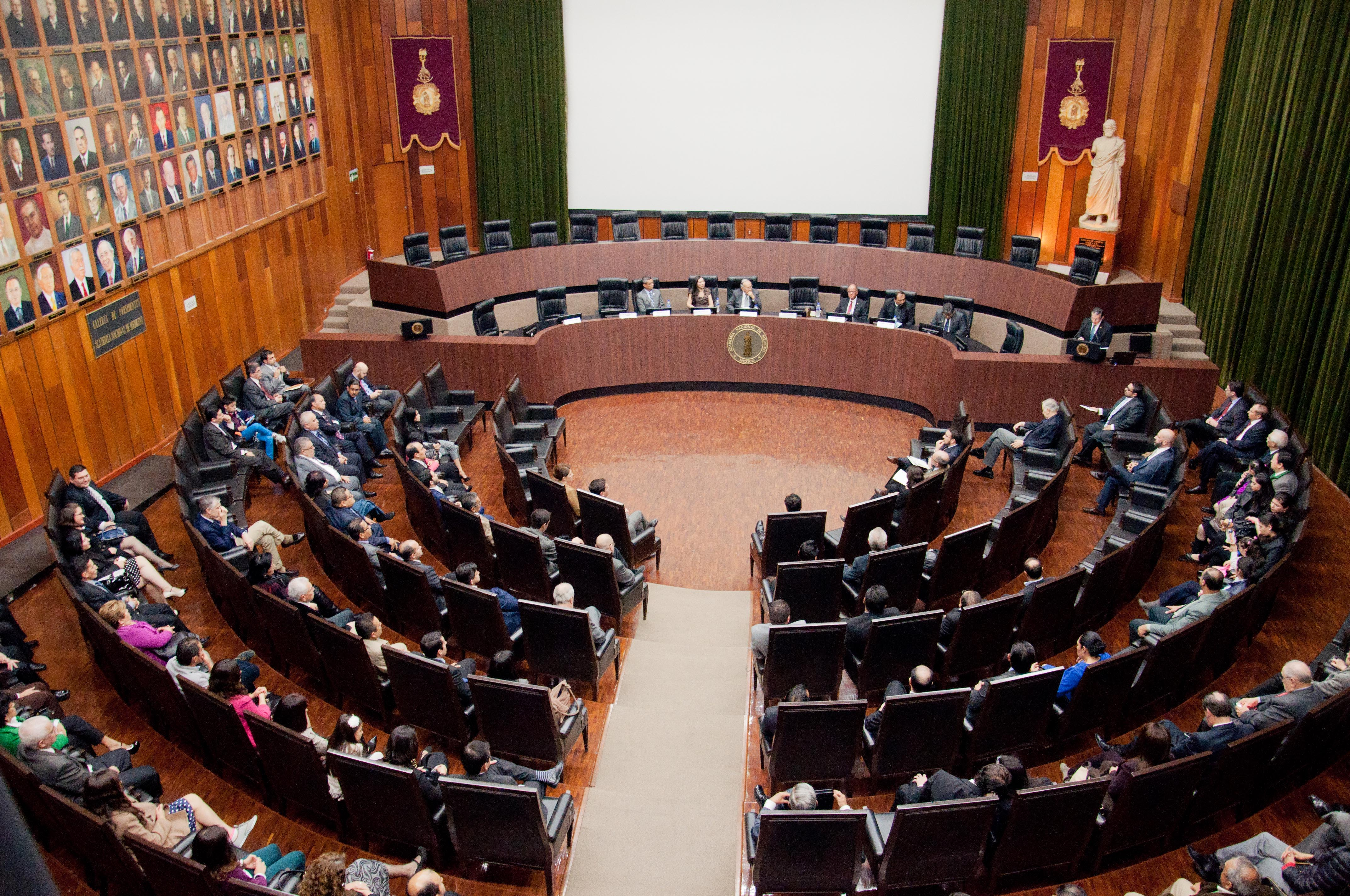 El Consejo Nacional de Cirugía del Tórax certificó a especialistas de diferentes instituciones del sector salud.