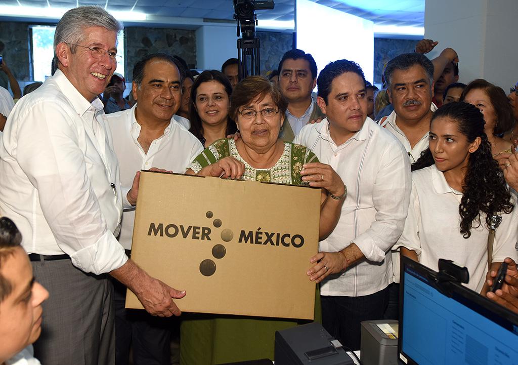 Cumple SCT instrucción presidencial y arranca modernización del camino Atoyac-Totolapan, en Guerrero