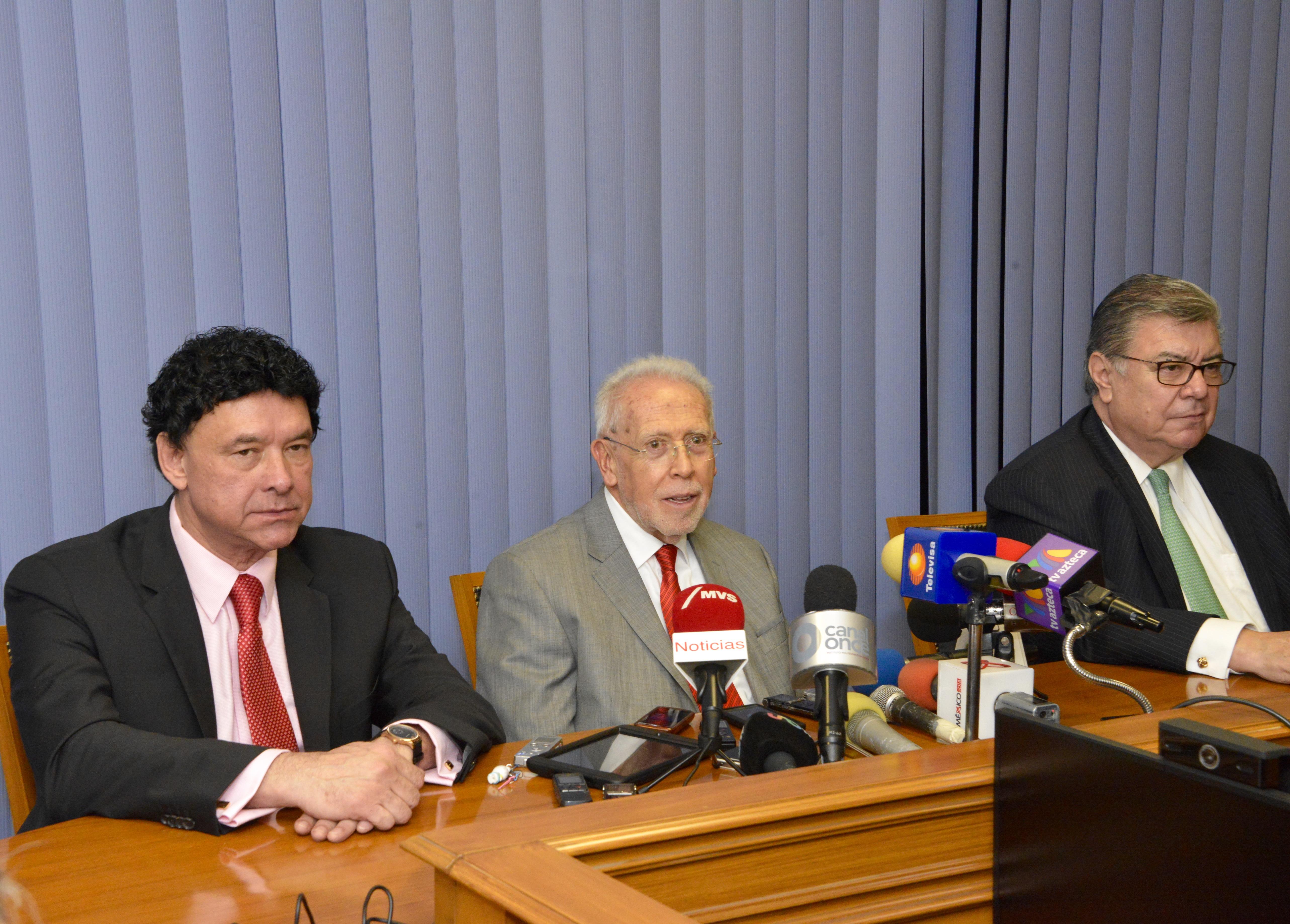 El Consejo de Representantes de la Comisión Nacional de los Salarios Mínimos (CONASAMI) acordó otorgar un aumento al salario mínimo de 4.2% para el 2016.