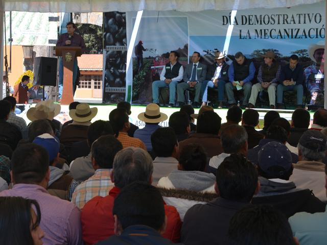 Promueve SAGARPA mecanización del minifundio en comunidades de alta marginación del país