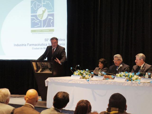 Industria Farmacéutica Veterinaria, clave para la productividad y competitividad del sector pecuario