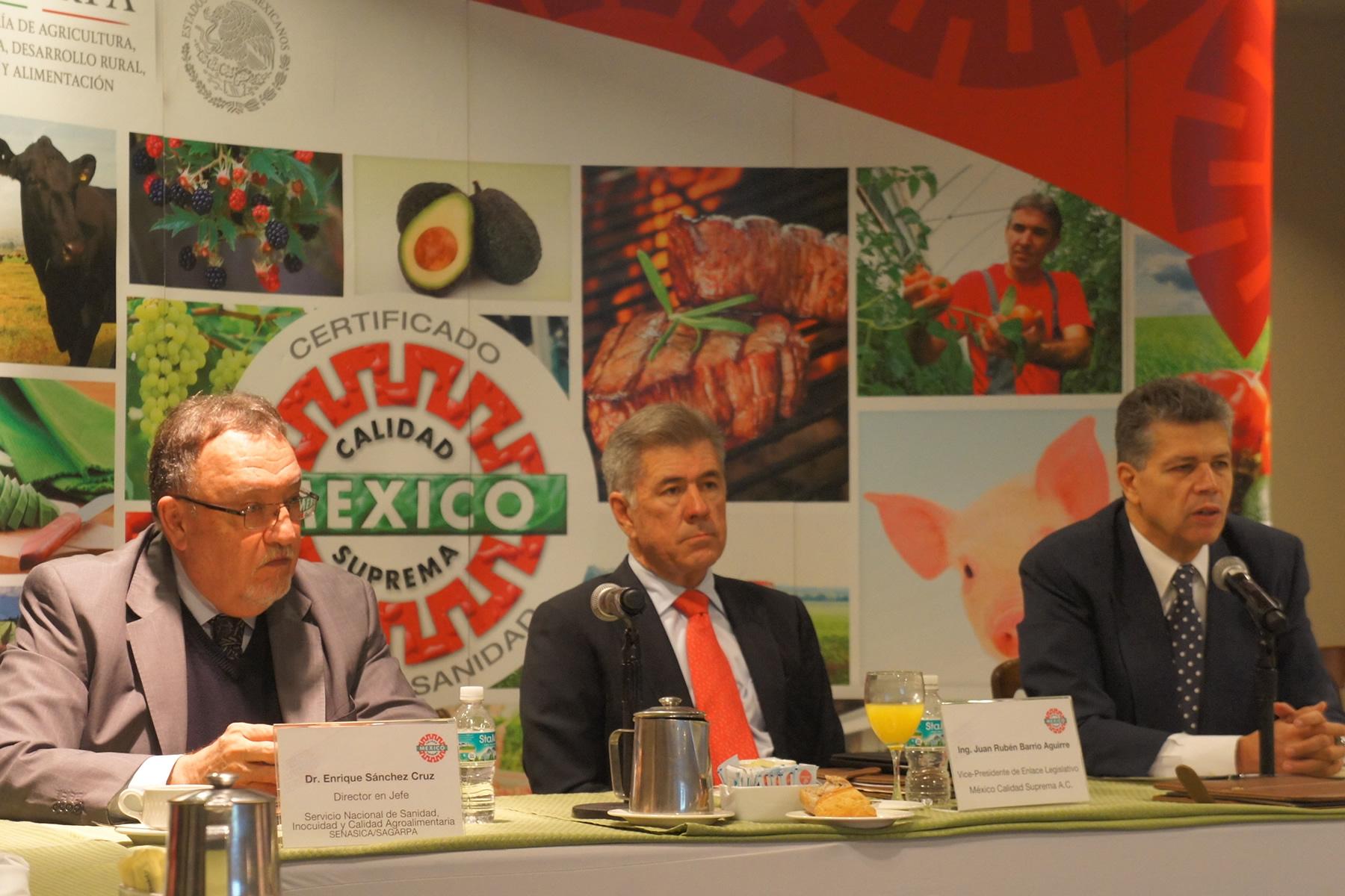 México puede exportar porque es libre de las principales enfermedades que impiden la comercialización de productos agroalimentarios.