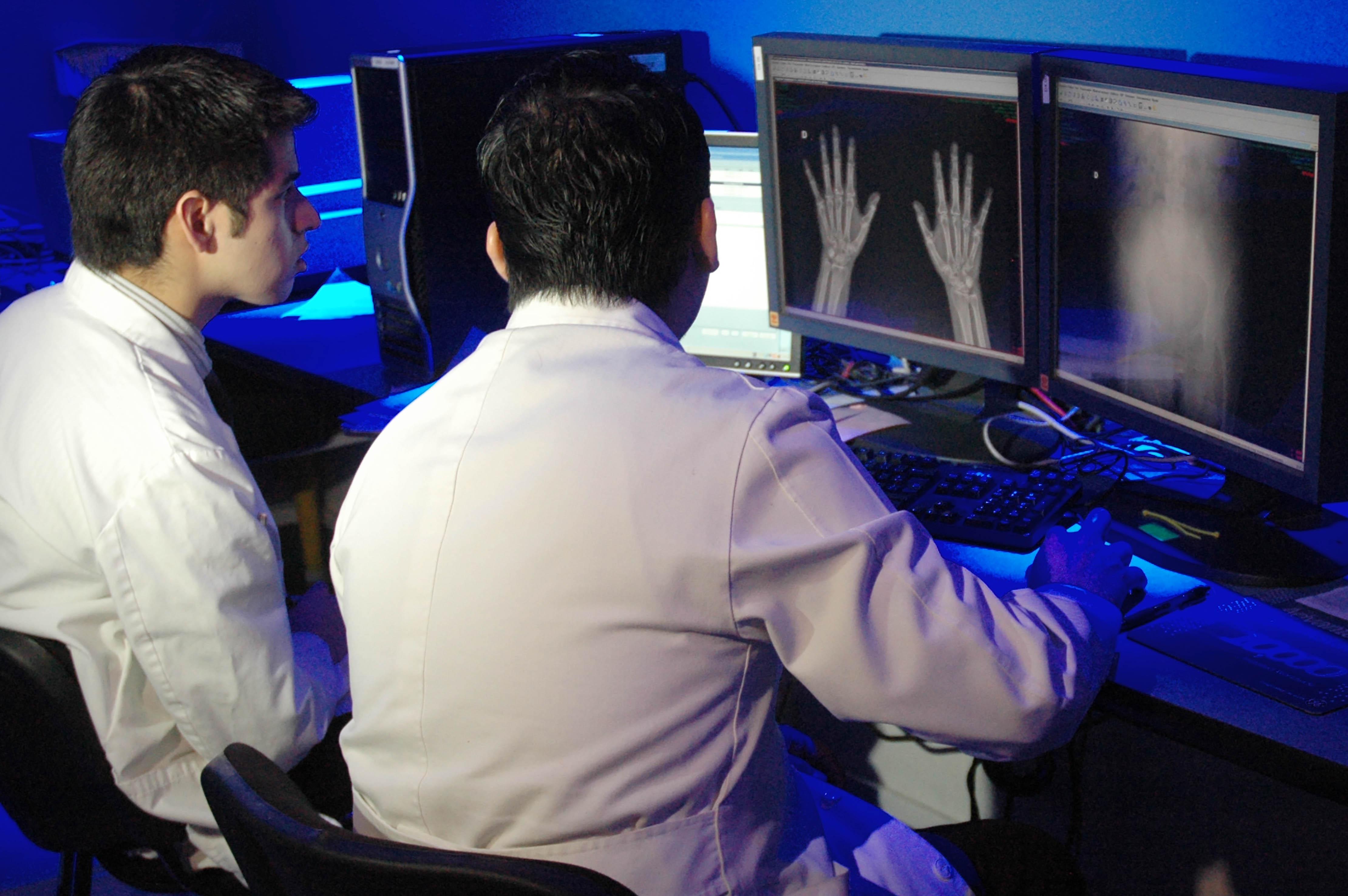 Forma parte del programa de becarios internacionales que impulsa la Secretaría de Salud.