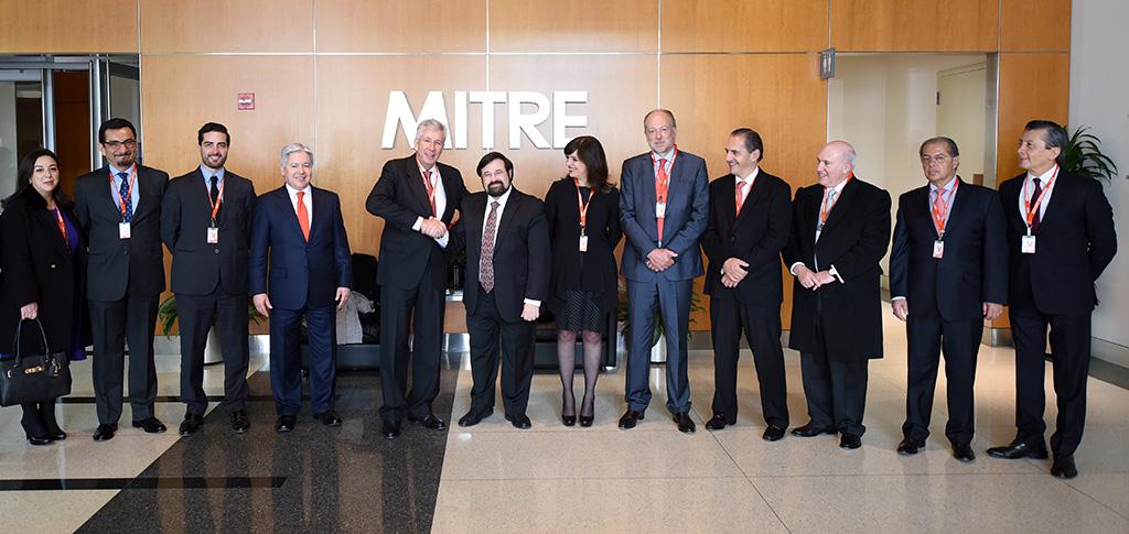 México moderniza procesos de control aéreo en coordinación con MITRE