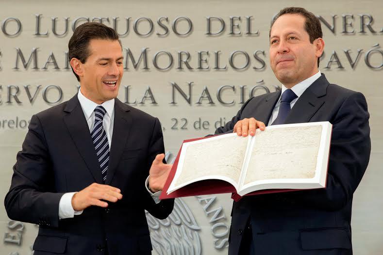 Siguiendo el gran legado de Morelos, los mexicanos de hoy estamos impulsando un México en paz, un México de derechos, leyes e instituciones, afirmó el Primer Mandatario.