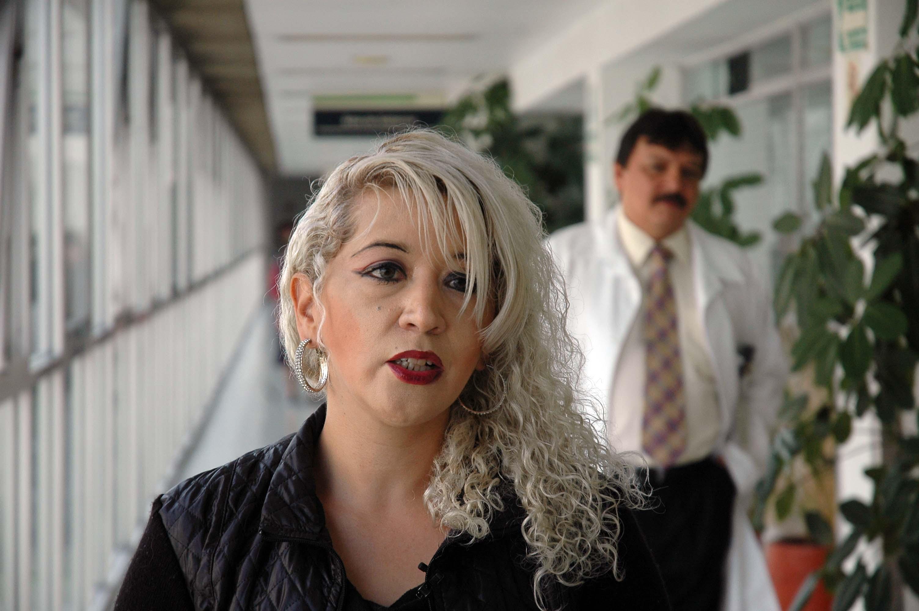 La Secretaria de Salud, Mercedes Juan, intervino para llevar a cabo la cirugía que le salvó la vida.