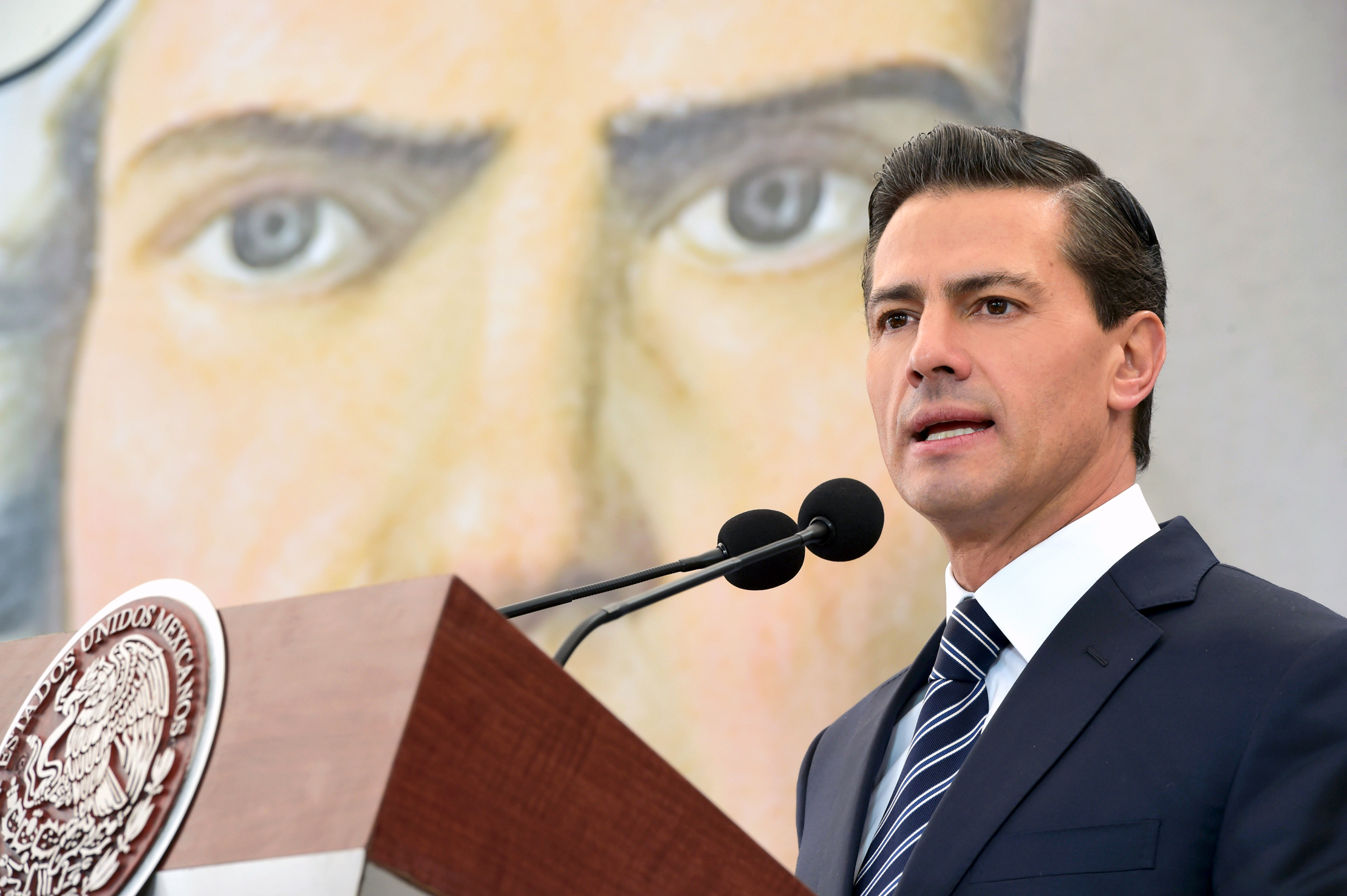 President Enrique Peña Nieto declared today that reducing inequality is one of the biggest challenges facing Mexico and the world at the beginning of the 21st century.