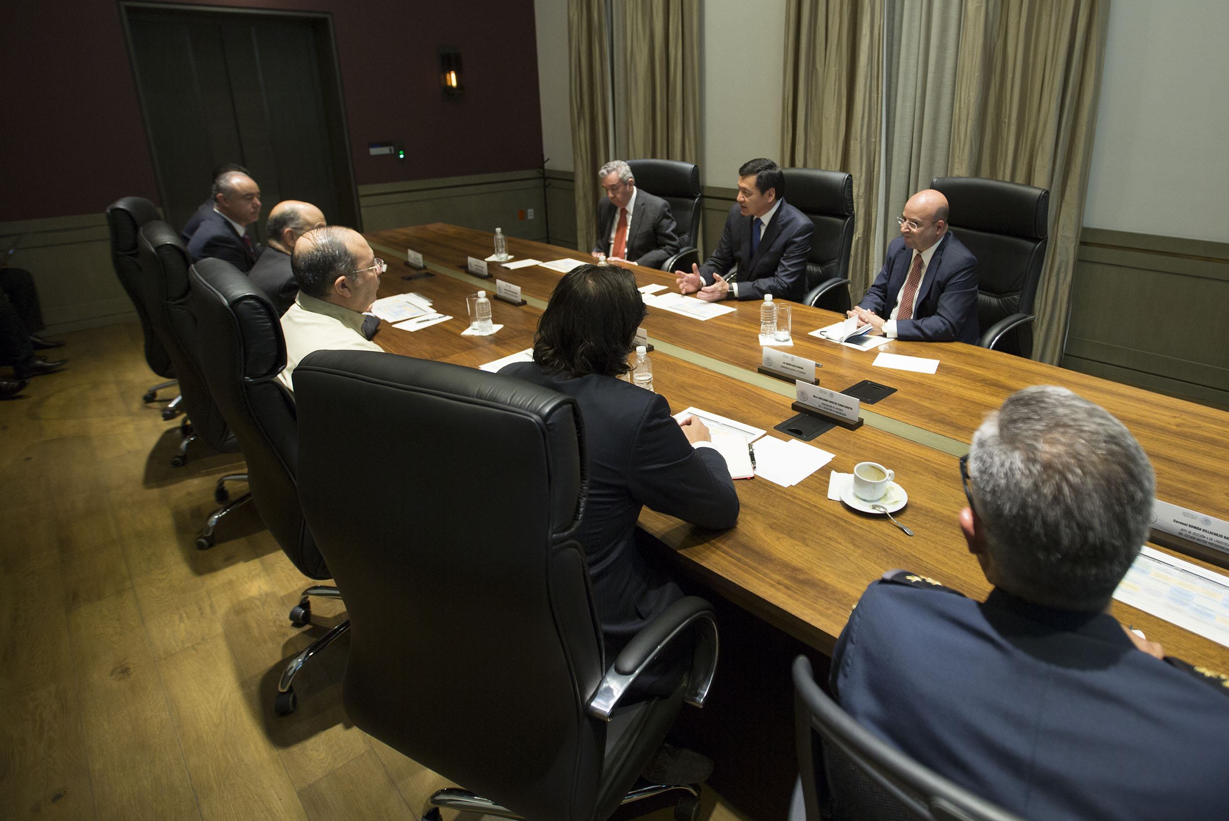 El Secretario de Gobernación, Miguel Ángel Osorio Chong, encabeza reunión de coordinación de cara a la visita de su Santidad a México.