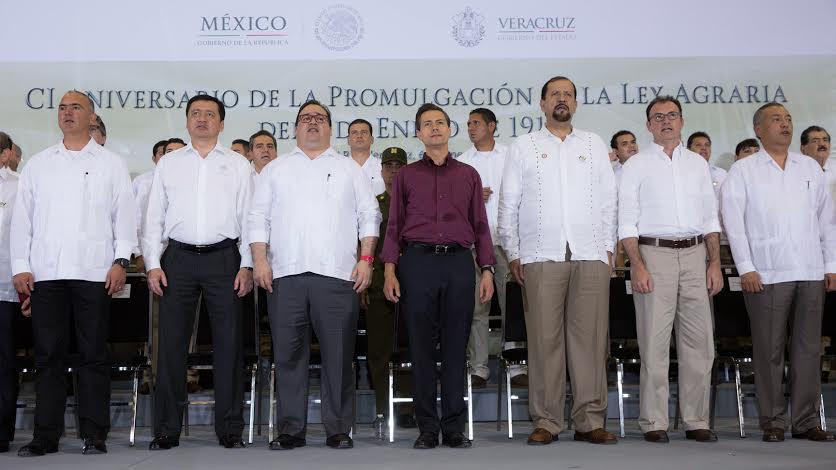 Gracias a la Reforma Financiera, la Financiera Nacional de Desarrollo Rural, Agropecuario y Pesquero ha colocado créditos por más de 55 mil millones de pesos, esto es 77 por ciento superior a lo que se había otorgado un año antes de esa Reforma.
