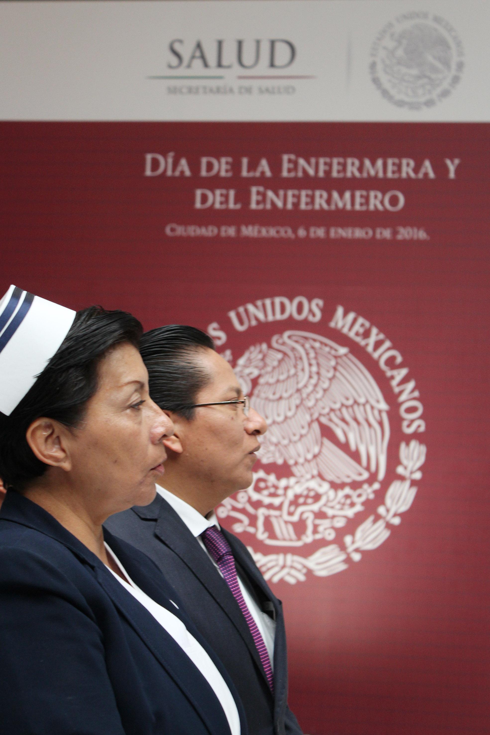 La Secretaria de Salud, Mercedes Juan, entregó reconocimientos a la Excelencia del Programa de Estímulos a la Calidad del Desempeño Personal de Salud.