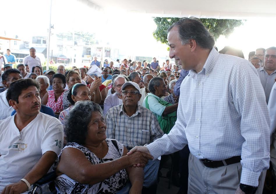 Sedesol destinará 12,900 millones de pesos en 2016 para combatir pobreza y detonar infraestructura en Guerrero.