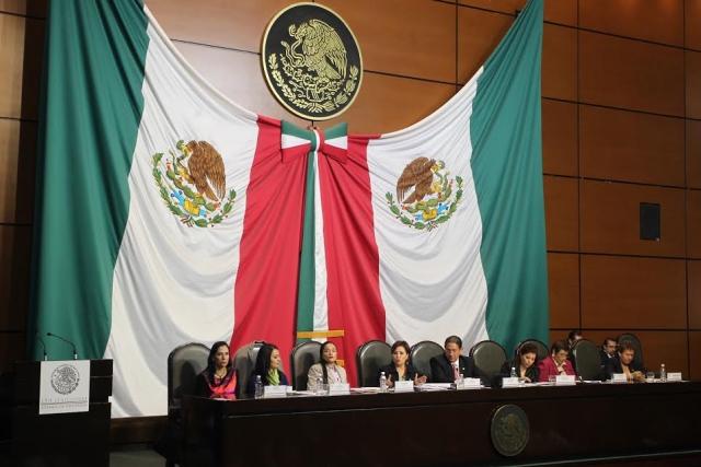 Los fondos deben utilizarse para impactar en los indicadores de educación, salud, alimentación y vivienda, afirmó la Secretaria de Desarrollo Social, Rosario Robles Berlanga.