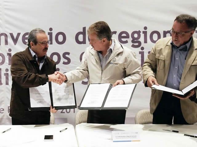 Firman Convenio de Coordinación Regional de la Península de Baja California en materia fito y zoosanitaria.