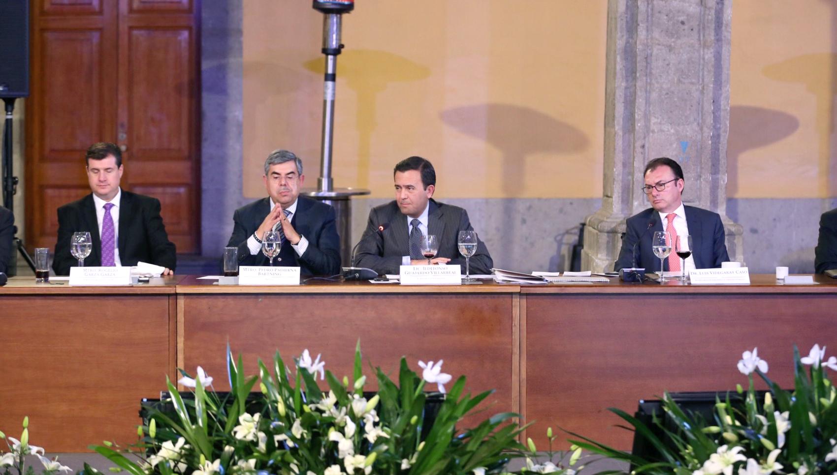 Se reúnen los secretarios de Hacienda y Crédito Público, y de Economía con el CEEG