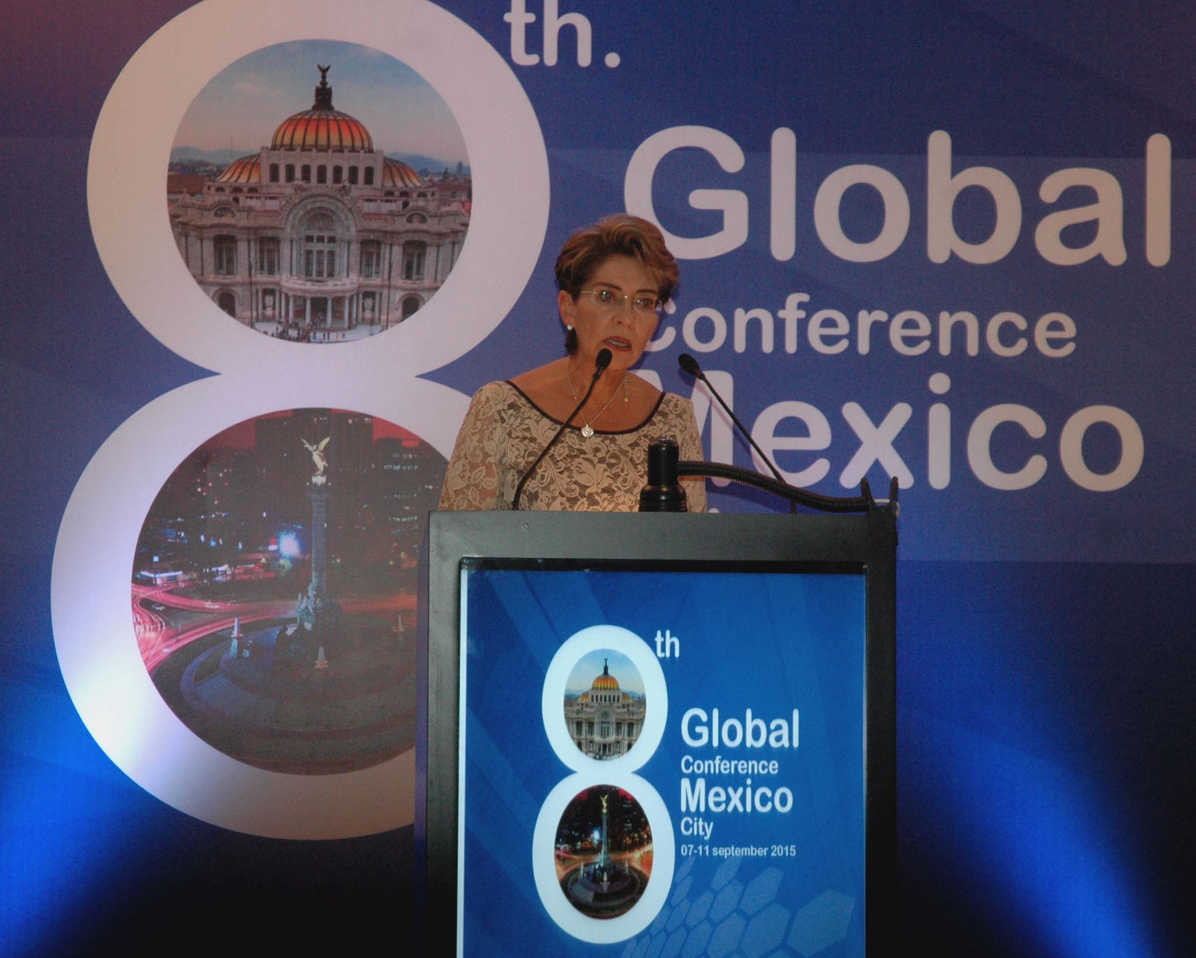 The Minister of Health, Mercedes Juan, opened the 8th Global Conference of the Network of Training Programs and Intervention in Epidemiology and Public Health (THEPHINET)*