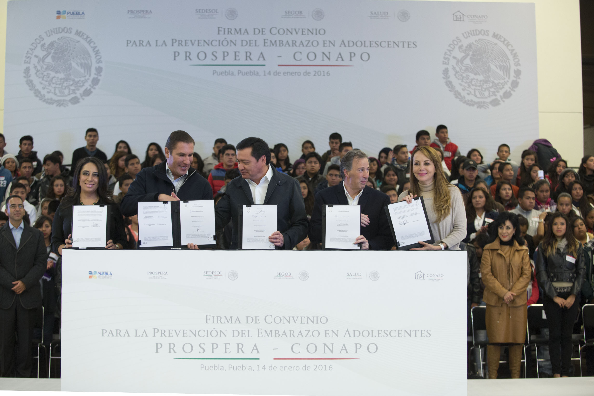 Firma de Convenio para la Prevención del Embarazo en Adolescentes Prospera-CONAPO