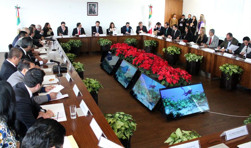 El titular de la SEMARNAT agradeció a los delegados su compromiso y los exhortó a redoblar esfuerzos en 2016