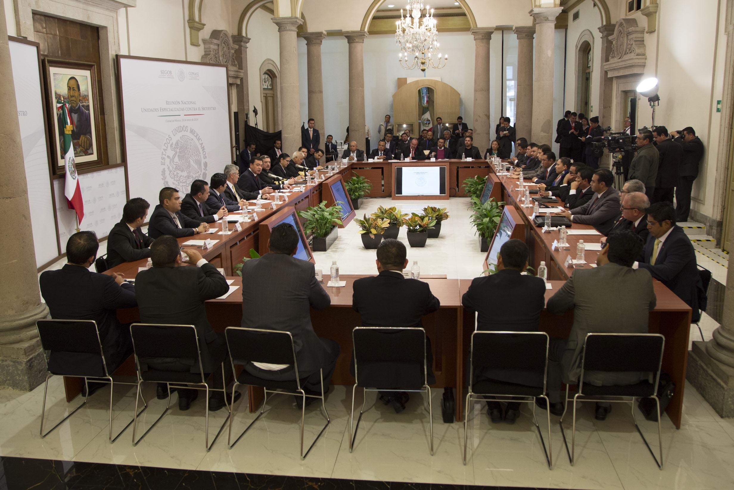 El Secretario de Gobernación, Miguel Ángel Osorio Chong, encabezó la Reunión Nacional de Unidades Especiales contra el Secuestro