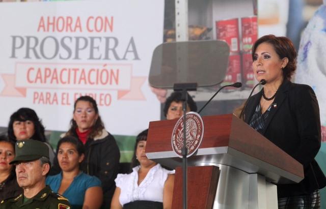Prospera tiene como eje la inclusión social, productiva y la incorporación a los servicios financieros de las familias en pobreza, sostiene la Titular de la Sedesol.