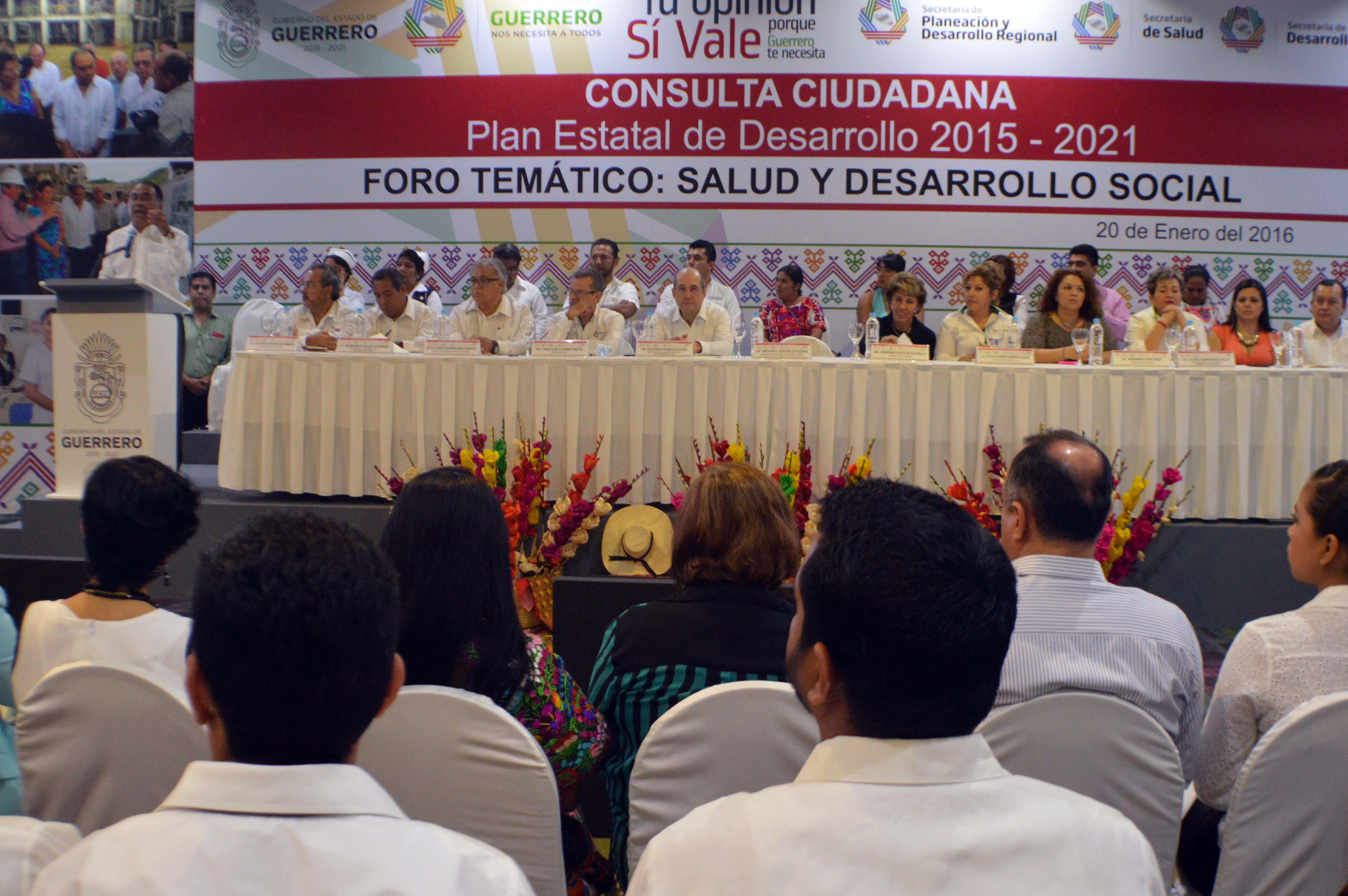 Participó en el foro temático Salud y Desarrollo Social, organizado por el gobierno de Guerrero.