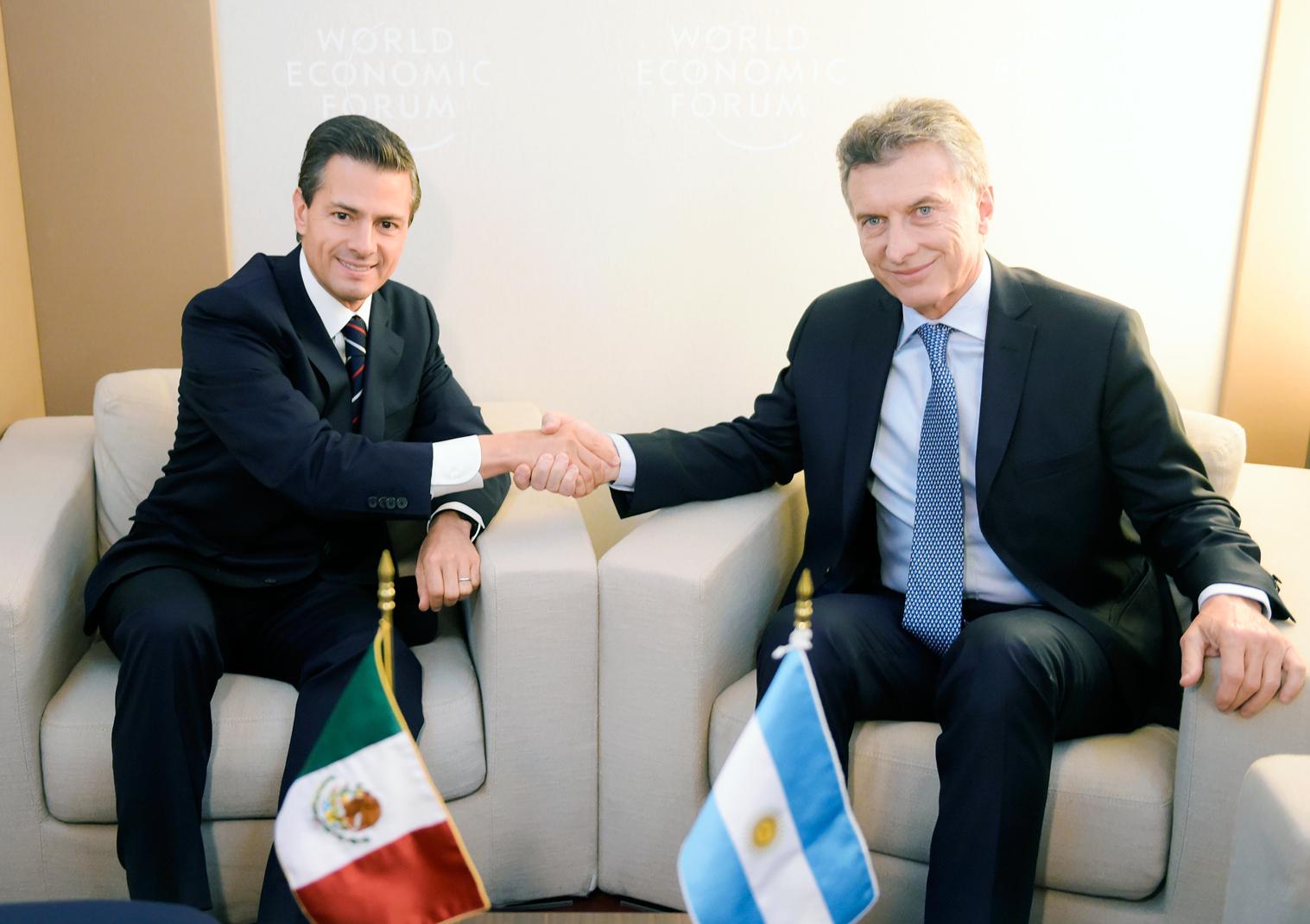 Es el primer encuentro que sostienen los dos Jefes de Estado, luego de que Macri asumió la Presidencia de la República Argentina el 10 de diciembre de 2015.