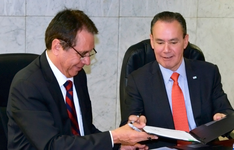 Firman Inifed e IMTA convenio para garantizar la calidad del agua en sistema de bebederos