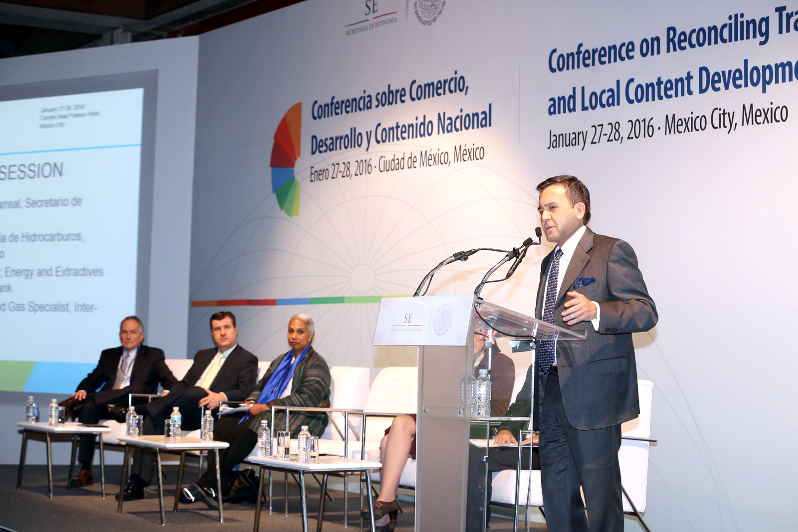 El Secretario de Economía participó en la conferencia sobre la Conciliación del Comercio y el Desarrollo del Contenido Local