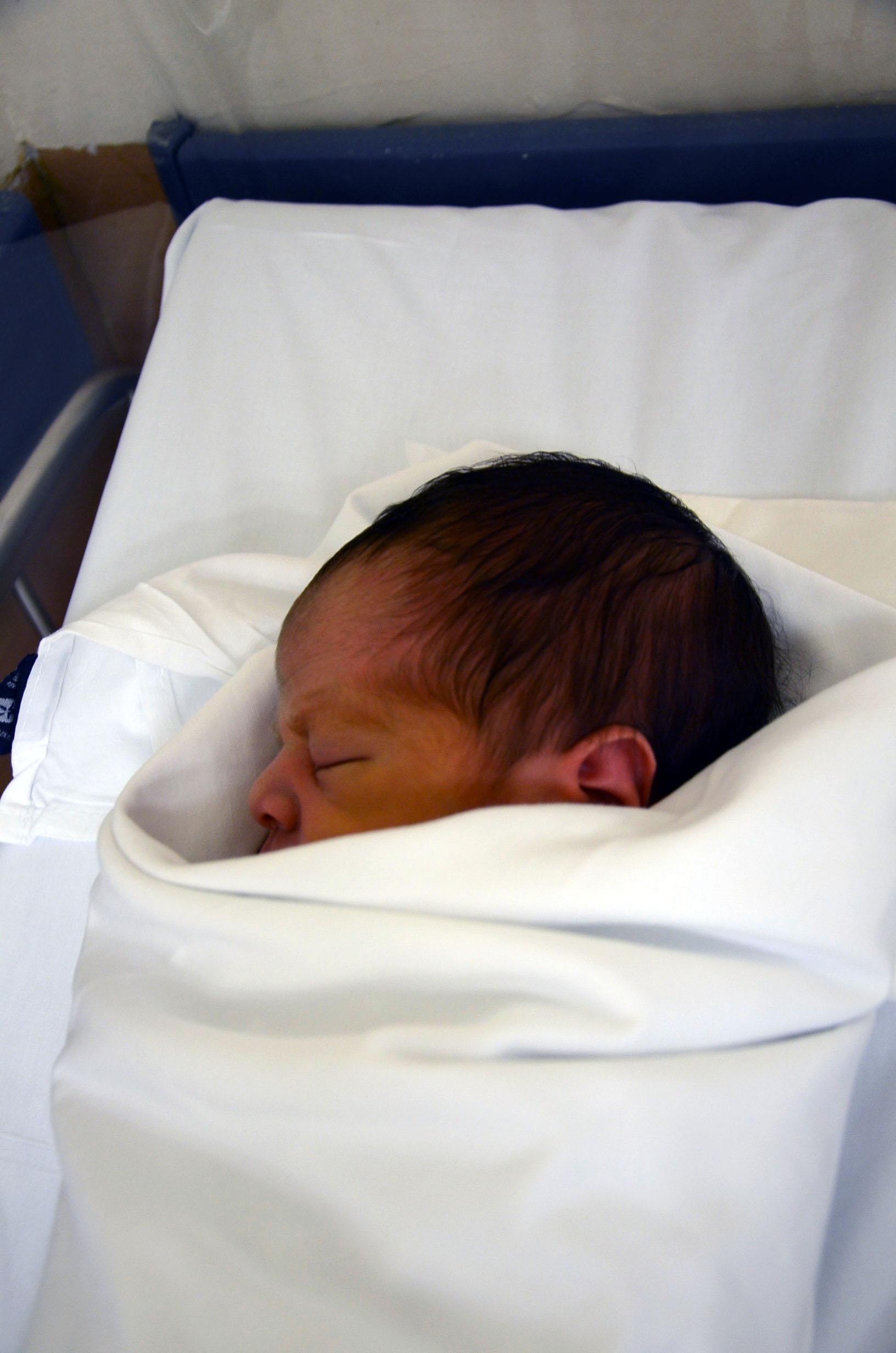 La Secretaría de Salud dio a conocer este viernes las reglas para la operación del Certificado Electrónico de Nacimiento (CEN).