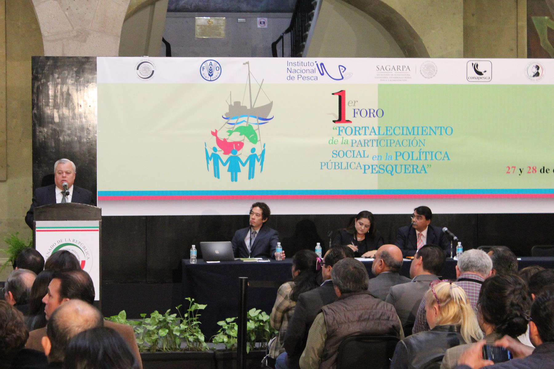 """Participaron del comisionado Mario Aguilar Sánchez, en el foro """"Fortalecimiento de la participación social en la política pública pesquera""""."""