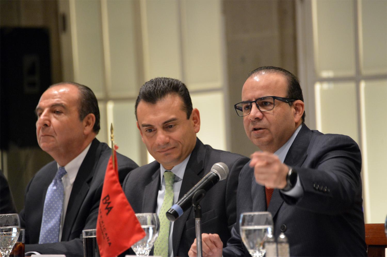 El Titular de la STPS indicó que el Gobierno de la República busca hacer frente a los problemas en la impartición de la justicia laboral, como lo ha planteado el Presidente Enrique Peña Nieto.