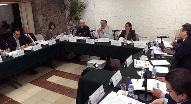 El Secretario de Desarrollo Agrario, Territorial y Urbano (SEDATU), Jorge Carlos Ramírez Marín, presidió la primera sesión ordinaria del Comité de Control y Desempeño Institucional (COCODI) 2013.