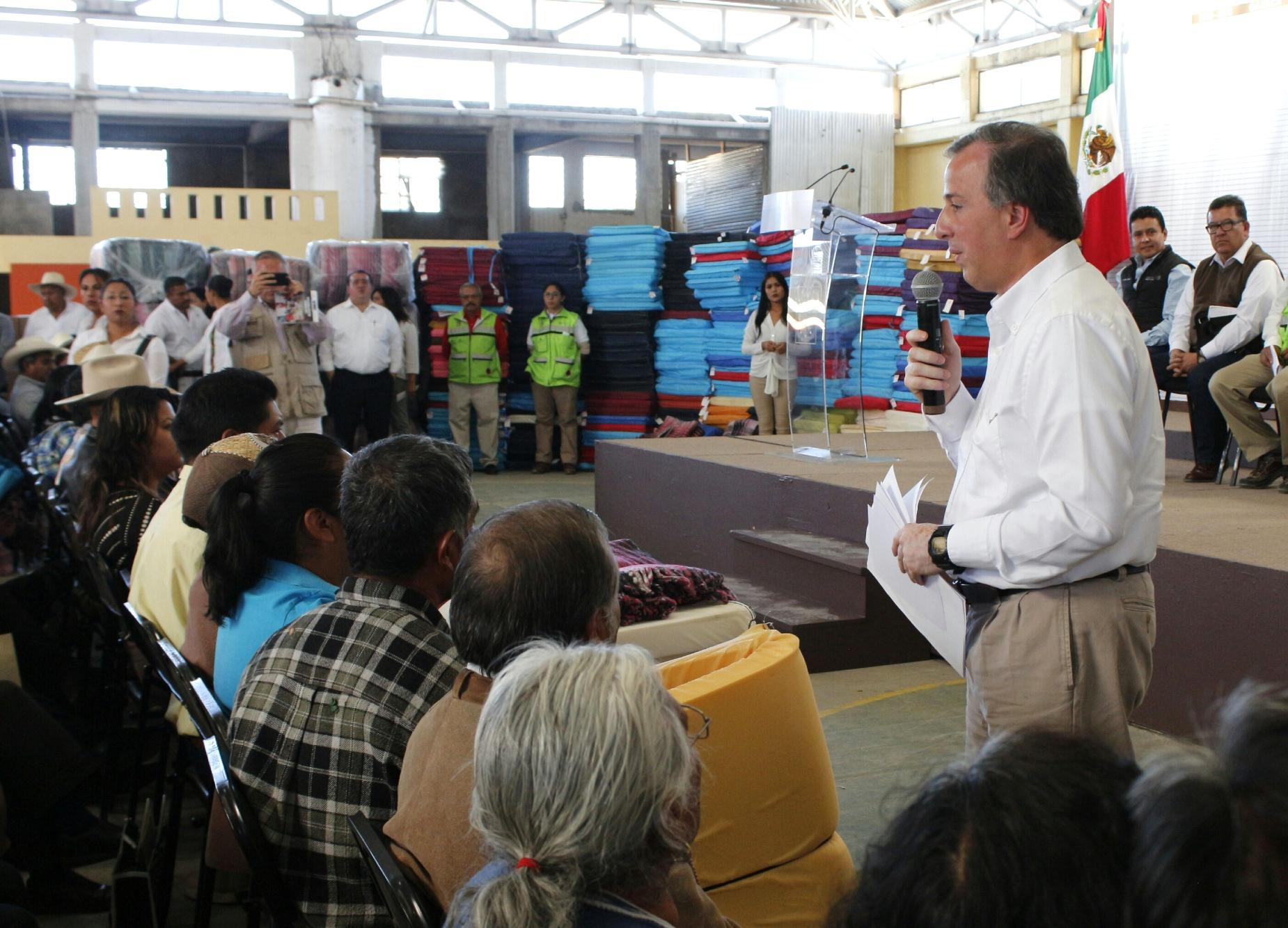 El secretario Meade en el marco de su gira al estado de Oaxaca