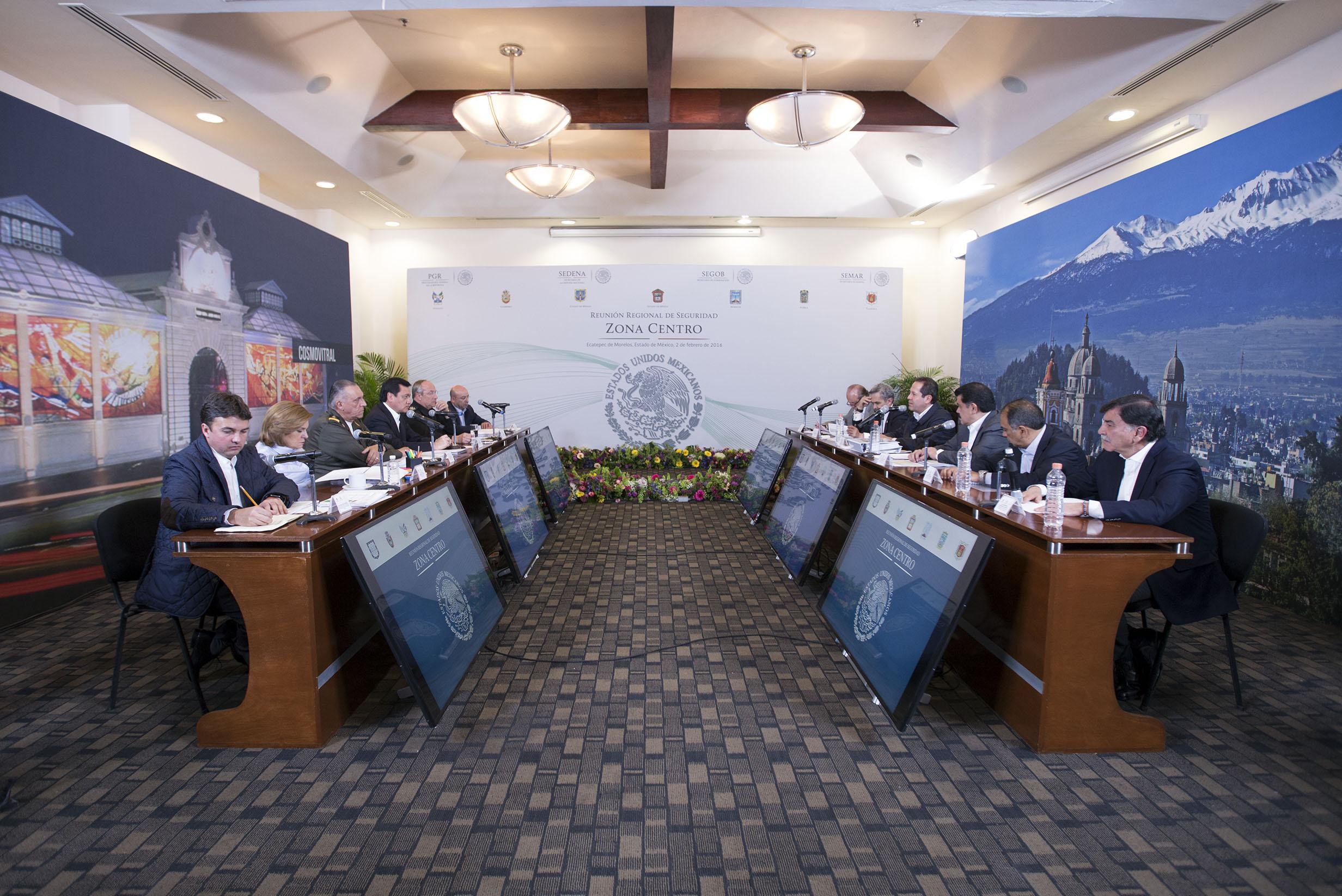El Secretario de Gobernación, Miguel Ángel Osorio Chong, encabeza la Reunión de Seguridad Zona Centro en Ecatepec, Estado de México