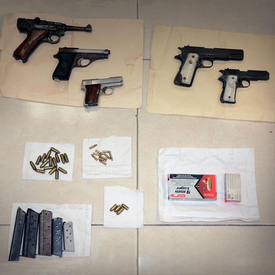 Consigna PGR a una persona por posesión de armas de fuego