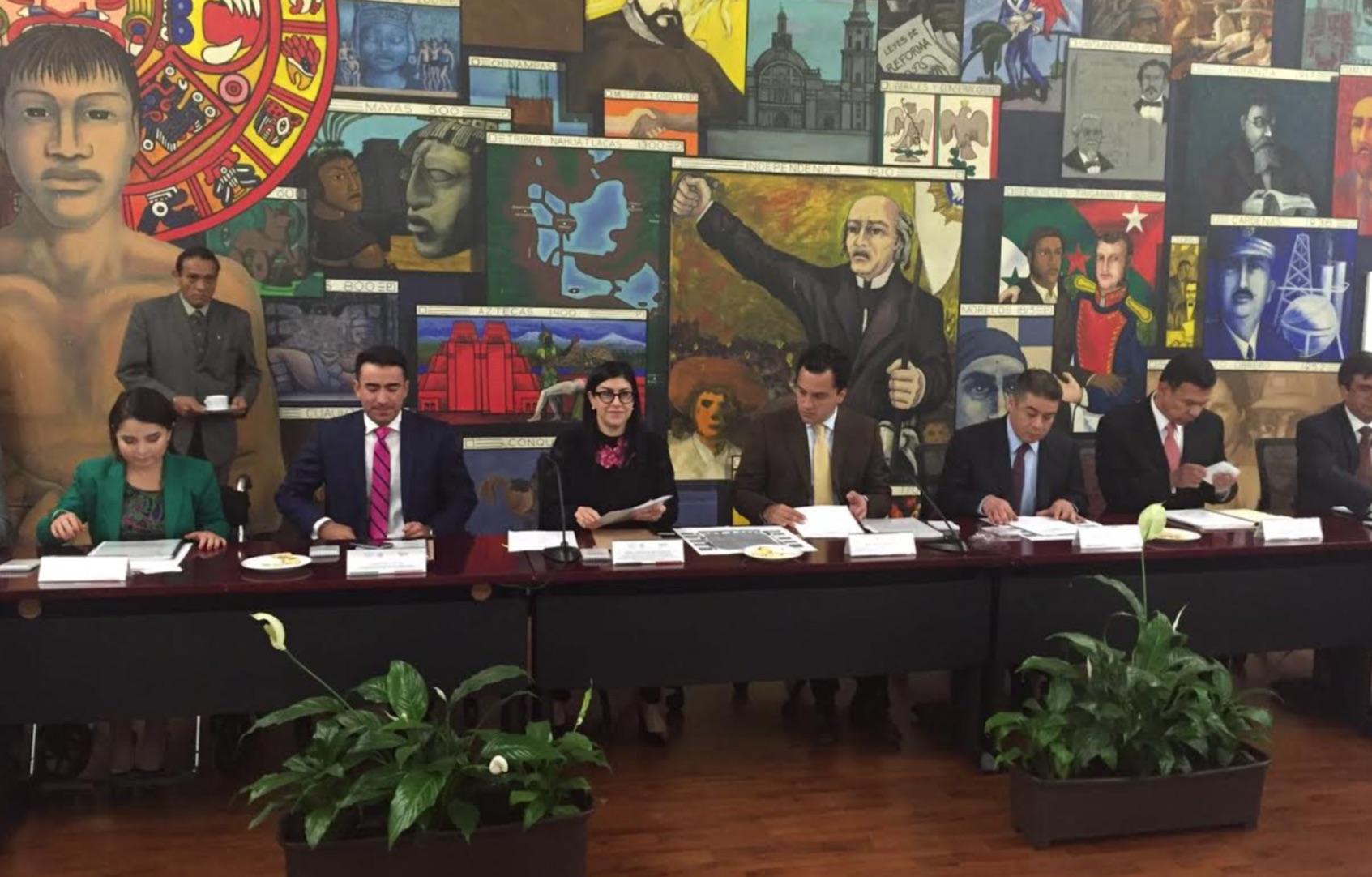 Sedesol apoya con decisión acciones para revertir rezagos y carencias en la que se encuentran miles de jóvenes mexicanos.